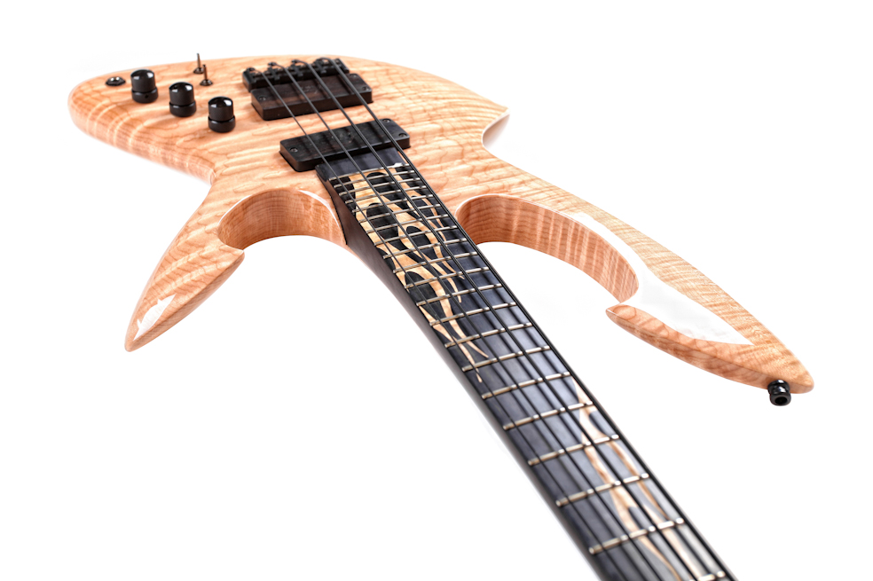Custom E-Bass 4-Sting Aphrodite The Flame